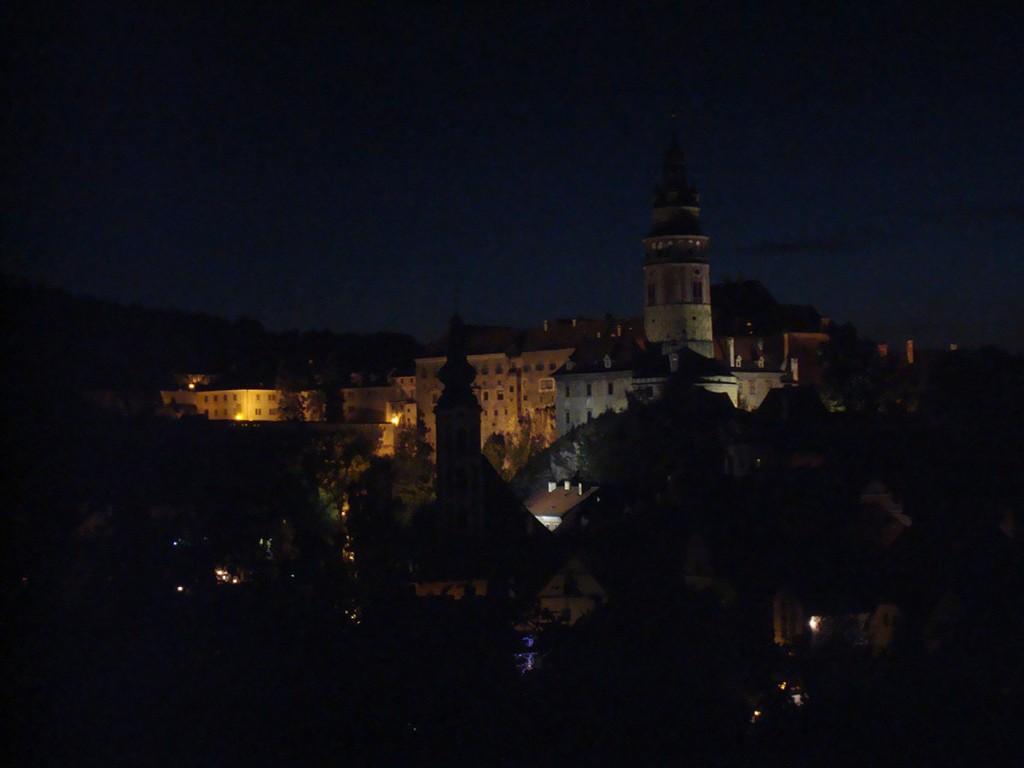 Cesky Krumlov bei Nacht