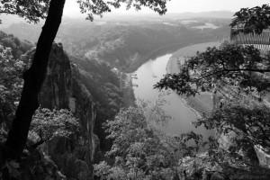 Blick von der Basteiaussicht auf die Elbe
