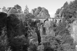 Die Basteibrücke von Neurathen aus