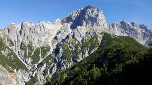 Blick aufs Selbhorn und den vorgelagerten Bragstein