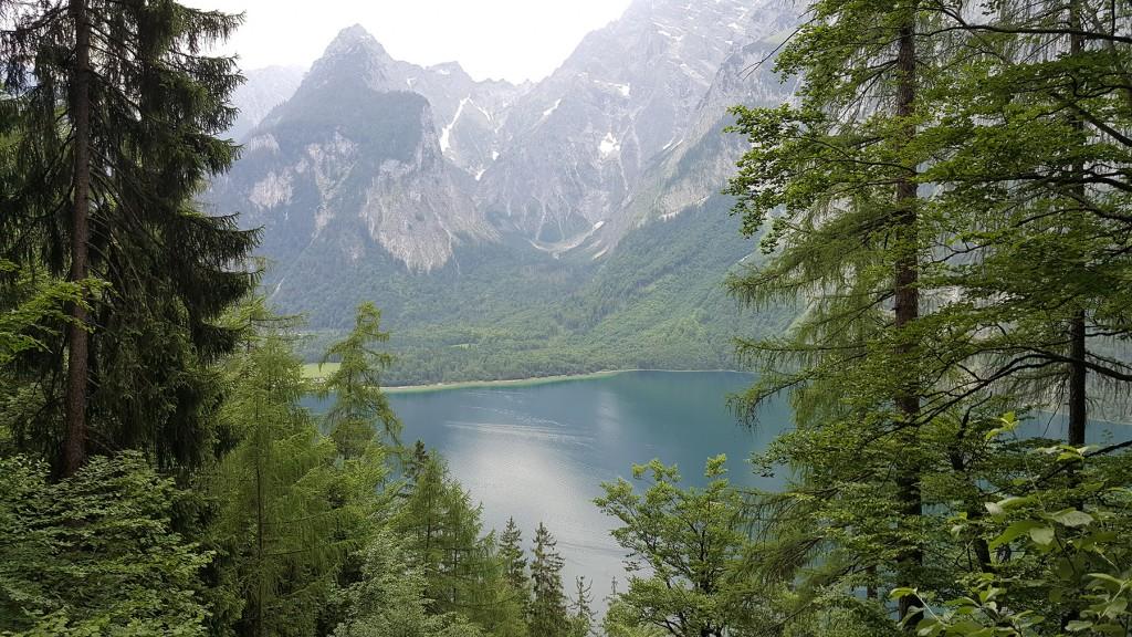Der Königssee mit der Halbinsel Bartholomä