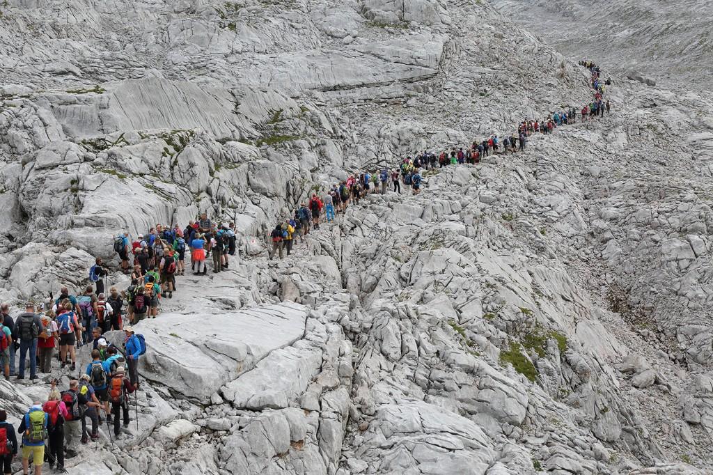 Wallfahrer auf der Via Alpina im Steinernen Meer